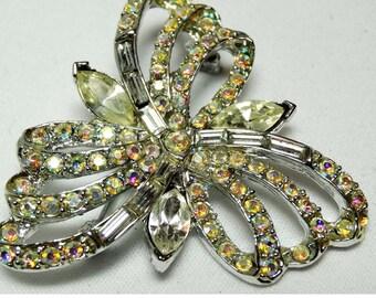 Silver Plated Rhinestone Fleur de Lis design brooch Apparel & Accessories Jewelry Vintage Jewelry Brooch Rhinestone