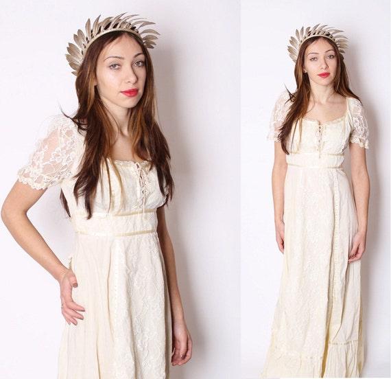 Long Buttercream 1970s Wedding Dress / Edwardian / Vintage Lace / Corset Front / Boho / Wedding Dress / Alternative Wedding / 1162