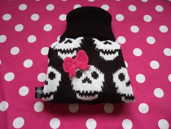 Size Large Skull Hand knitted Dog sweater/coat/clothing/jumper designed and knitted by willieratbag order now for halloween.