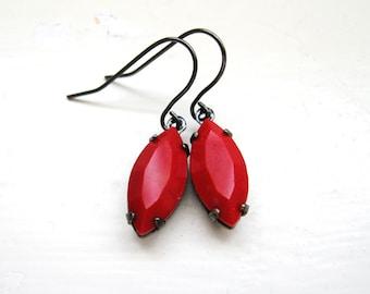 Red earrings - Vintage Rhinestones set in gunmetal