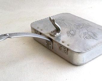 Mid Century Rodney Kent Silent Butler - Crumb Catcher - Engraved & Embossed Aluminum