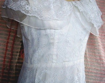 "Vintage WEDDING DRESS, Evening Gown, Prom  -CLEARANCE Sale!!- 1970's Era All Lace, Deeply Ruffled 600"" Sweeping Hem, Shawl Collar, Size 11"