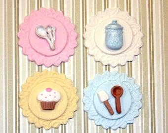 Fondant cupcake toppers Vintage Cupcake Baking Party