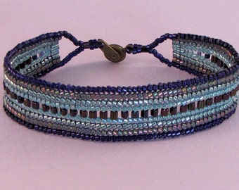 7 Inch Seed Bead Bracelet - Handmade Iridescent Purple and Teal - Flat Band Bracelet - Beaded Cuff Style - Ombre - Comfortable Womens