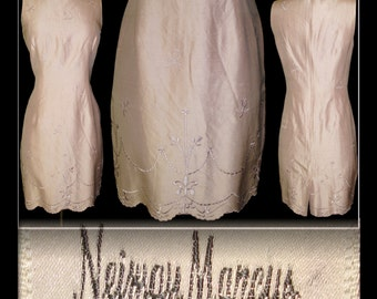 Vintage Dress Neiman Marcus Silk Hourglass Dress Couture Ornate Femme Fatale Garden Party Mad Man Cocktail Pinup Bombshell Rockabilly Wiggle