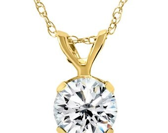 "1/4CT Solitaire Diamond Pendant 14K Yellow Gold With 18"" Chain"