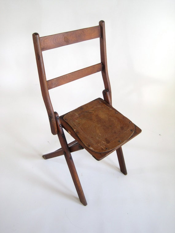 """Vintage Wooden Folding Chair with Tooled Leather-like Seat // 33"""" Tall"""