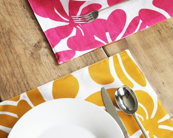 Reversible Placemats - Summer Entertaining with Floral Pink and Yellow Orange