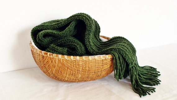 Men scarf knit merino wool and acrylic - extra long in olive green with fringes