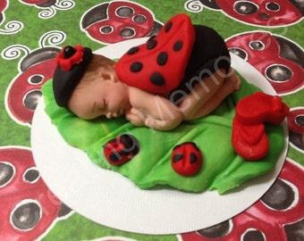 LadyBug Fondant CakeTopper/Fondant Baby/ladybug/ baby ladybug/ ladybug/ baby shower/ cake topper/ cupcake topper/ edible/ toppers