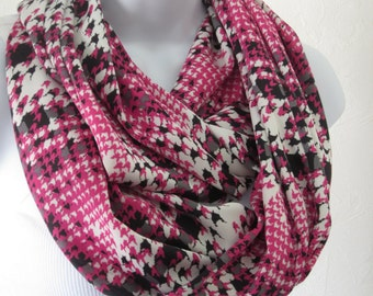 Pink and Black Houndstooth Plaid Infinity Scarf Handmade Fashion by Thimbledoodle