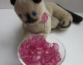 Twisty Pink Glass Bead