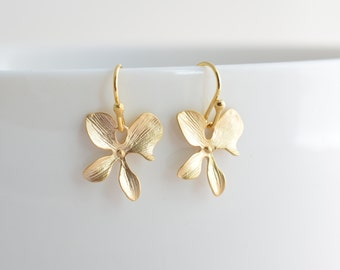 40% SALE, Orchid earrings, Gold Earrings, Bridal earrings, Wedding jewelry, Flower girl jewelry, Gift for her, Earrings set, Clip earrings