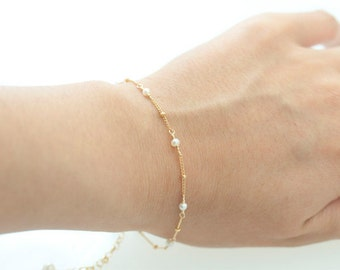 Tiny Freshwater Pearl Bracelet, Delicate Gold Filled Bracelet -  Delicate Gold Bracelet, Modern June Birthstone Jewelry