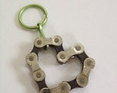 UPCYCLED Bicycle Chain HEART 5 Keychain - Enjoy the Ride