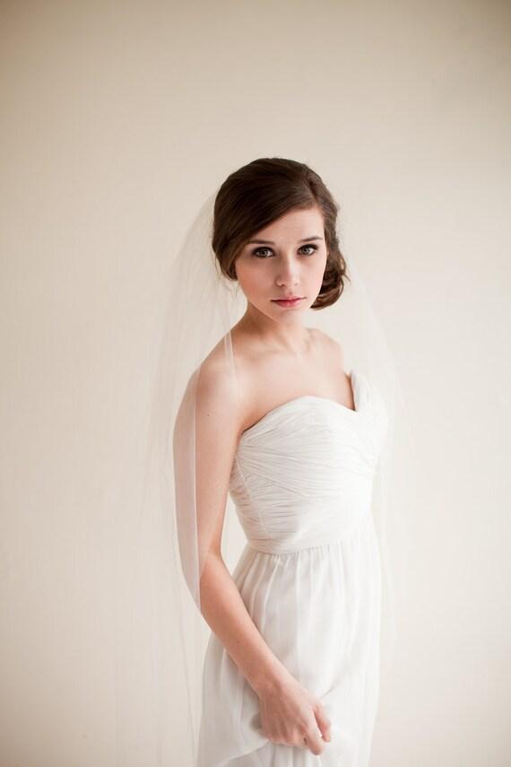 Wedding Veil, Fingertip Length Tulle Veil, Bridal Veil, Tulle Veil, 40 inches - Clara Style 7713