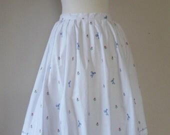 80's Cottage Novelty Print Skirt Embroidered Houses Countryside Scene Full Skirt S M