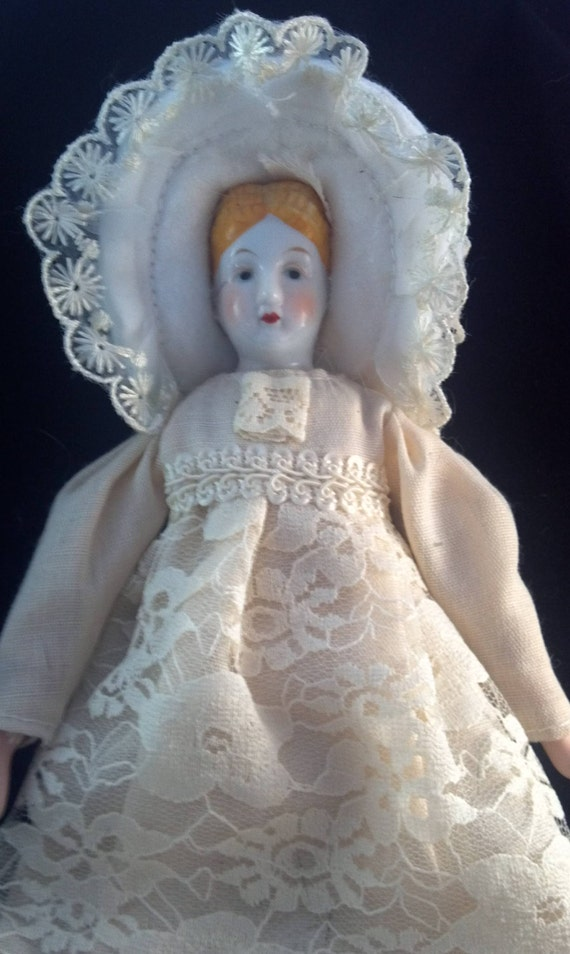 Small White Vintage Porcelain Doll in White Lace Dress and Bonnet / Dolly / assemblage / collectibles / toys / children / girls / child