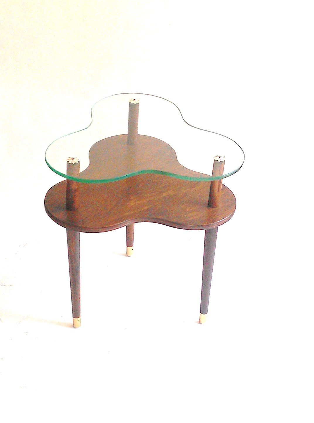 mid century cloverleaf tiered side table trefoil table wood. Black Bedroom Furniture Sets. Home Design Ideas