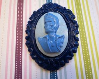 Dead Elvis Cameo Brooch (blue)