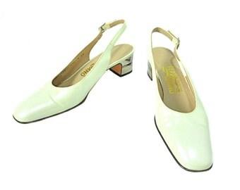 vintage 1980s FERRAGAMO heels / Salvatore Ferragamo / pearl silver / slingback heels / 1960s style heels / women's vintage heels / size 8