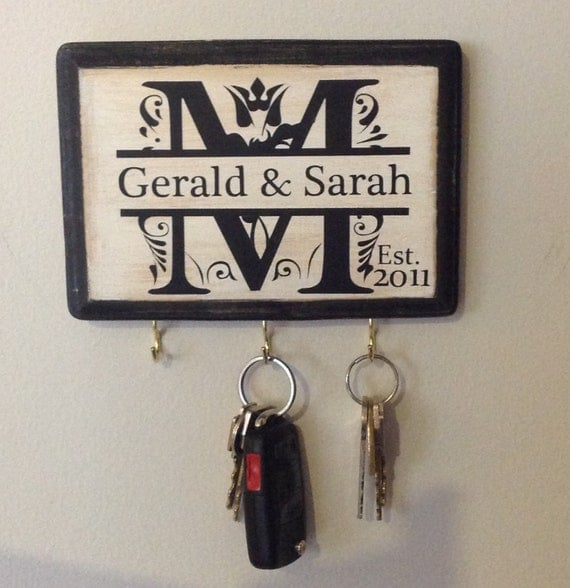 Wedding Couple Gift Ideas: Personalized Wedding Gift Monogram Key Holder. Awesome For