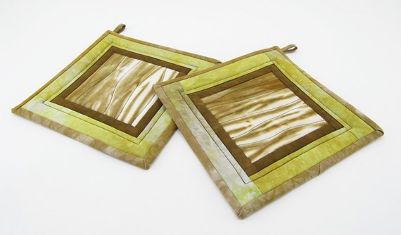 Quilted Pot Holders, Fabric Hot Pads - Bronze Brown and Light Chartreuse Green Hand Dyed Cotton Potholders
