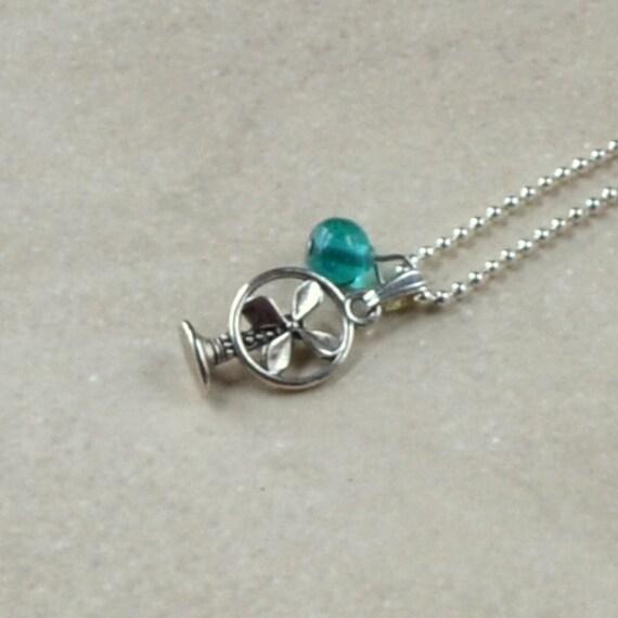 Vintage Fan Tiny Necklace Silver Retro Teens Teal Aqua Bead Mini Desk Fan Fashion Jewelry Paisley Beading Free Shipping Minimalist