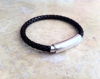 mens  leather bracelet, mens leather, personalized bracelet, Engraved bracelet,  silver plated