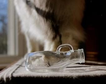 """Antique 1950s """"Single Serving"""" Urine & Specimen Collection Bottle - Medical Curiosity Oddity - Shot Glass"""