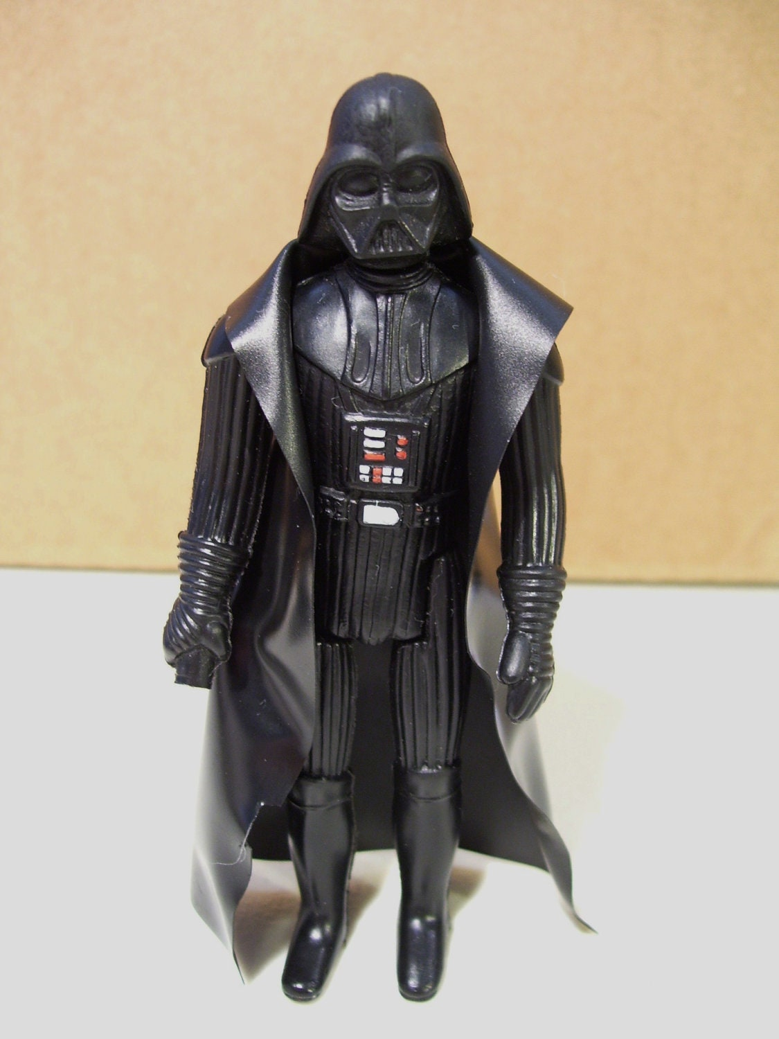 How To Figure Car Payment >> Vintage 1977 Star Wars Darth Vader Action Figure LFL