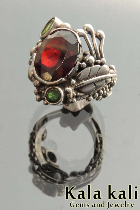Emerald and Garnet Snake and feather sterling silver pixie ring 10 1/4USA    20mm TReASURY ITEM