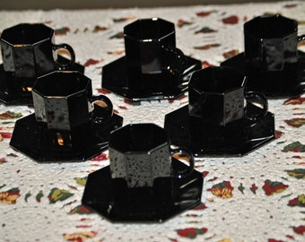 ARCOROC Set of 6 Black  Demitasse Cups and Saucers