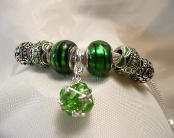 Bracelet Emerald Green European Bead a Gift for Her