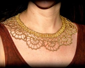 Lovely gold color wire lace necklace with ribbon closure