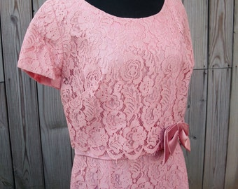 Vintage Early 1960s Dress Pink Lace Short Sleeves