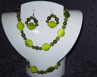 SHADES Of GREEN JEWELRY Set