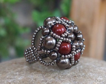 Beading Tutorial Dorothy Ring, Beadwork PDF Pattern with Swarovski Crystal Pearls and japanese seed beads