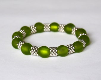 Green Elasticated Frosted Bead Bracelet