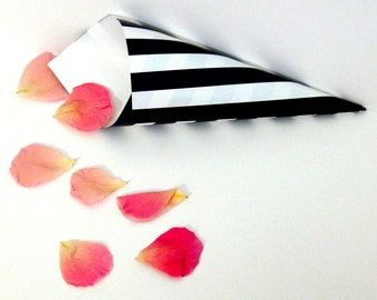 BLACK & WHITE Stripe Cones, confetti cones, candy cones, wedding favors,  wedding paper cones - unfilled, set of 10