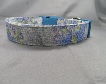 Beautiful Spring Lilacs Dog Collar