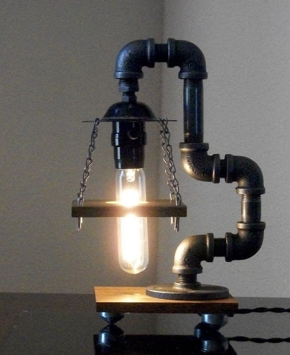 Industrial art black pipe table desk lamp with reclaimed