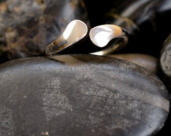 Sterling Silver Forged Flare Bypass Ring