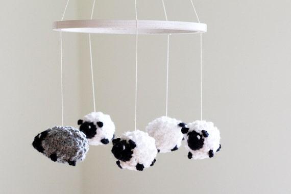 baby krippe mobile geh kelte schaf mobile kinderzimmer dekor. Black Bedroom Furniture Sets. Home Design Ideas