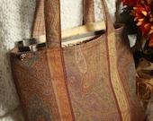 RhiRhi Rose Reversible Book Tote : Paisley / Textured