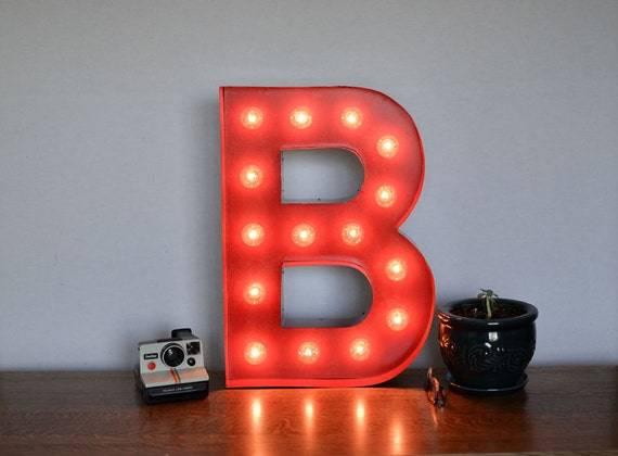 Vintage Inspired Marquee Light- Letter B, home decor, lighted letter, marquee letter, marquee light, letter, vintage, initial, wall art