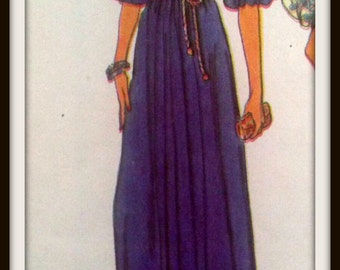 Vogue  7128  Misses' Dress & Belt   Size  12  Uncut