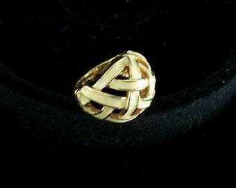 Vintage Enamel Basket Weave Design Ring 18K HGE