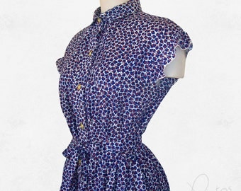 Vintage 1970s dress with a lovely  print