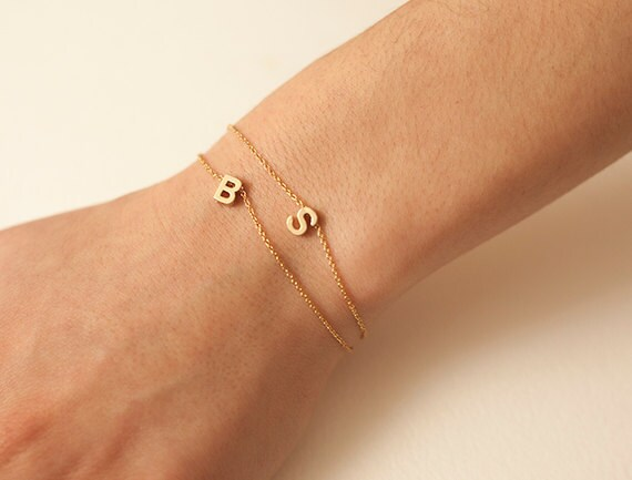 Bracelet or avec initiale